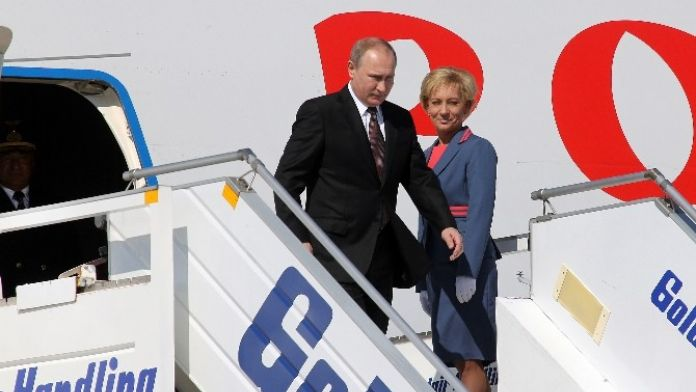Putin, Prokopis Pavlopoulos'la bir araya geldi