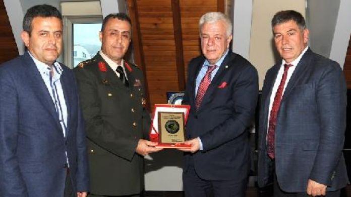 Tümgeneral Seyfullah Saldık'tan Bursaspor'a ziyaret