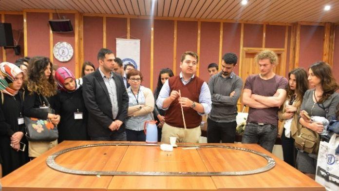 BÜ'de 'Süperiletken Bor' Konferansı