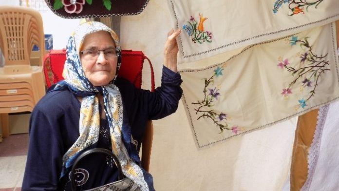 Esma Nine, Sanatsal Miras Bırakmak İçin Kursa Başladı