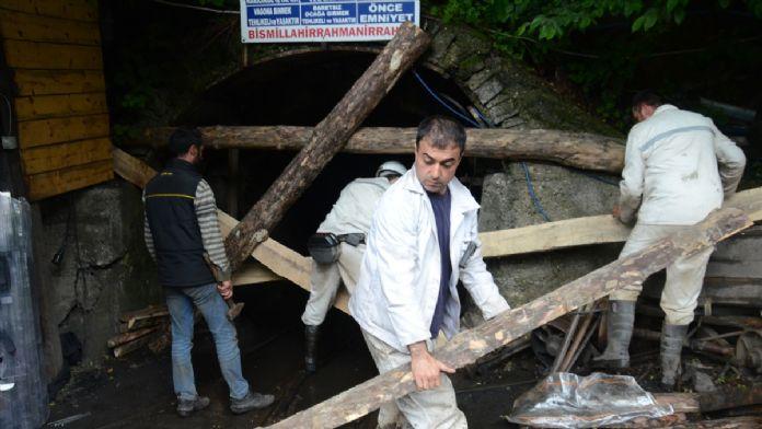 Zonguldak'taki maden işçileri maaş eylemine son verdi