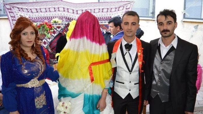 Gazeteci Koç'a Görkemli Düğün
