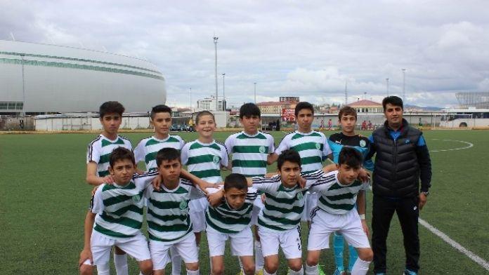 Sivas Belediyespor U-13 Takımı Şampiyon Oldu