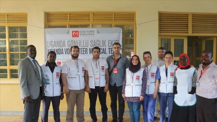 Yeryüzü Doktorları Uganda'da