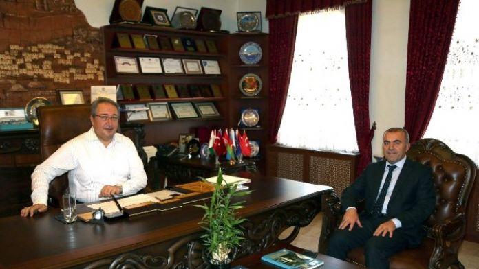Millî Eğitim Müdürü Murat Demir, Ünver'i Ziyaret Etti