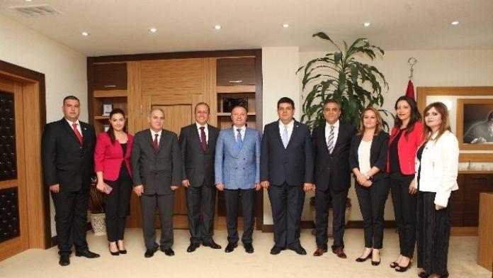 KKTC Bakanlarından Akdeniz Üniversitesi'ne Ziyaret