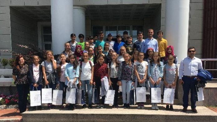 Saltukova Gazi Ortaokulu Öğrencileri BEÜ'nün Misafiri Oldu