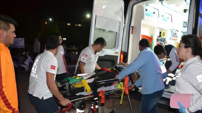 Aksaray'da iki motosiklet çarpıştı: 3 yaralı