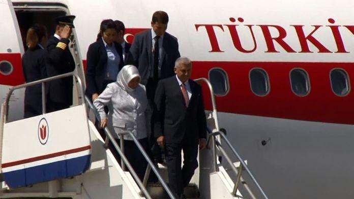 Başbakan'ın İlk Resmi Ziyareti Kıbrıs'a