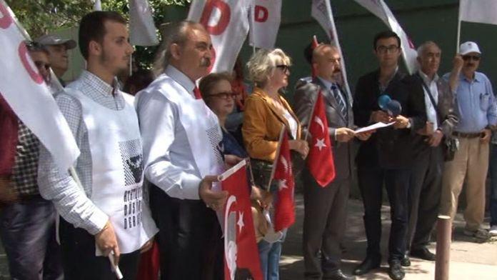 Alman Büyükelçiliği önünde 'Soykırım' protestosu