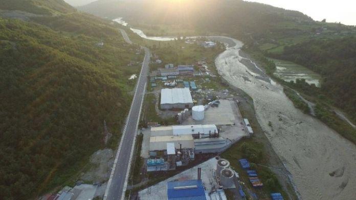 Dikmen'deki Fabrikalar Sel Riski Altında