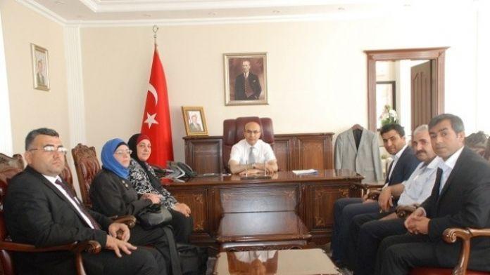 Suriye Yenilik Eğitim Kültür Derneğinden Vali Mahmut Demirtaş'a Teşekkür