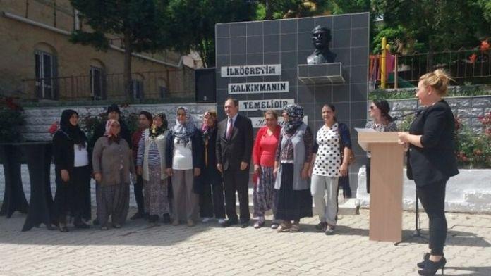 Malkara'da Okuma Yazma Belge Dağıtım Töreni Yapıldı