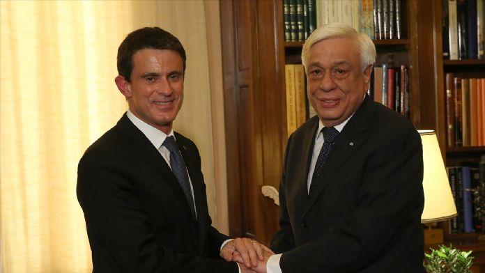 Fransa Başbakanı Valls Atina'da