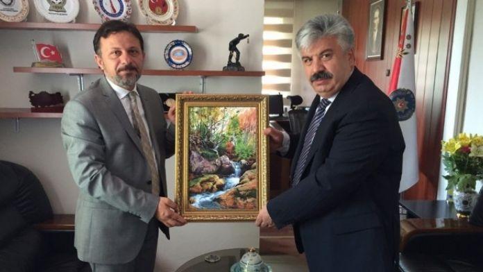 Rektör Remzi Gören, Emniyet Müdürü Hasan Çevik'i Ziyaret Etti