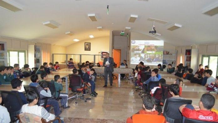 Kursiyerlere Bilgilendirme Toplantısı Yapıldı