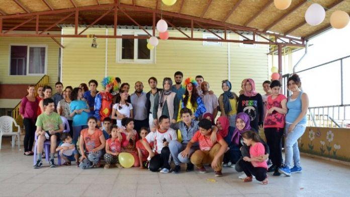 AK Partili Gençlerden Engellilere Ziyaret