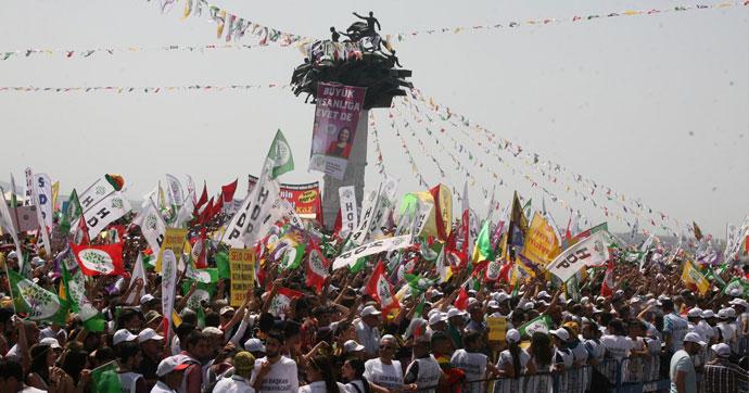 HDP'yi Dokunulmazlık Telaşı Sardı