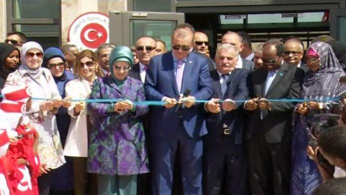 Somali'de Mogadişu Büyükelçilik Külliyesi'ni açtı