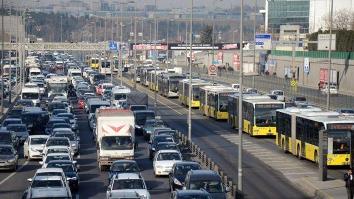 İstanbullular pazar günü bu yollara dikkat !