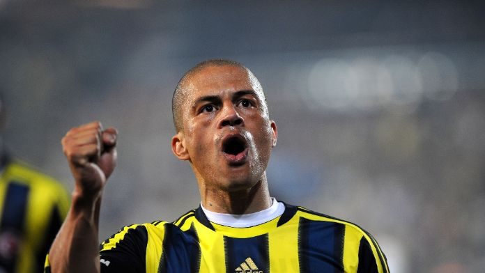 Alex'ten Fenerbahçelileri Duygulandıran İşte O Paylaşım