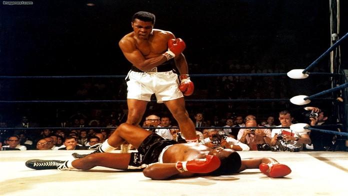 Efsane boksör Muhammed Ali yaşamını yitirdi