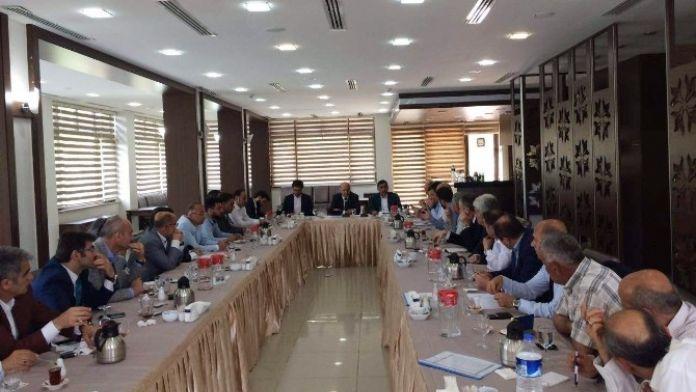 AK Parti Bursa İl Başkanı Torun, İlçe Başkanlarıyla Bir Araya Geldi