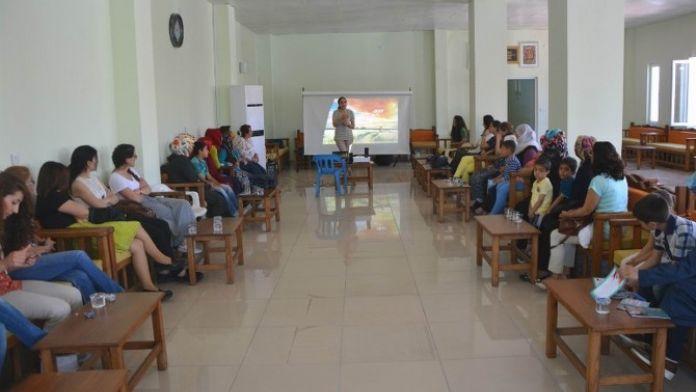 Ergani'de Çocuk İstismarı Ve İhmali İle İlgili Seminer Düzenlendi