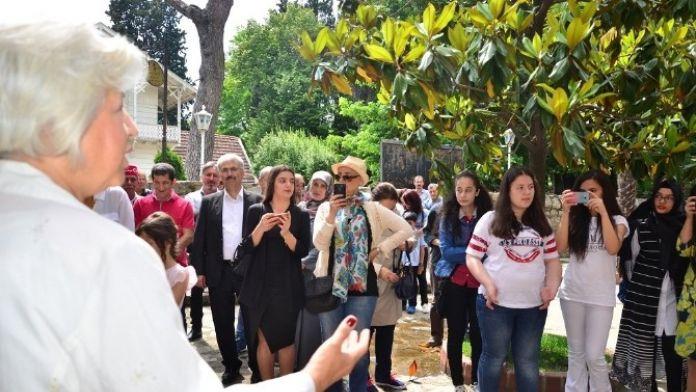 Osman Hamdi Bey Müzesi'nde Zehra Çiriş'in Resim Sergisi Açıldı