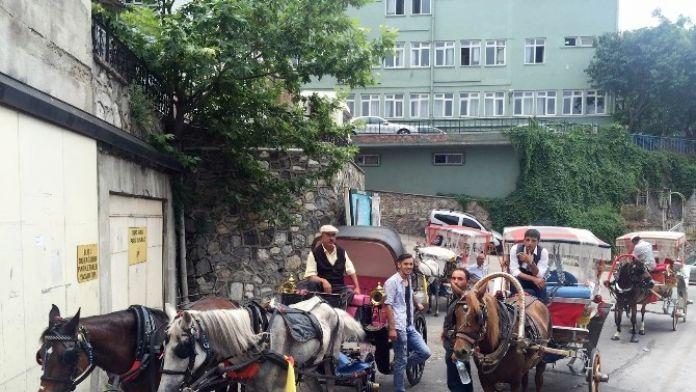 Bursa'da Fayton Keyfi Yaşatılıyor