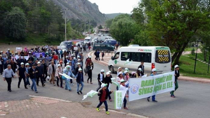 Sivas'ta Dünya Çevre Günü Yürüyüşü