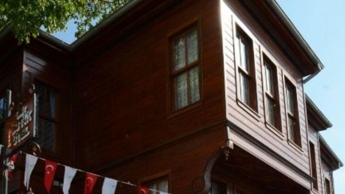Kocaeli'nin İlk Butik Oteli'ni Nevzat Doğan Açtı