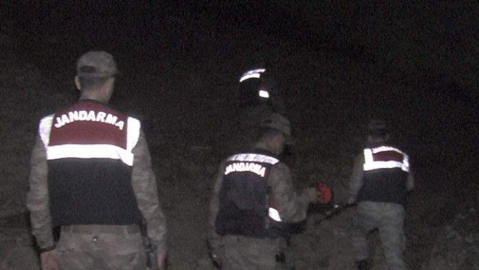 Jandarma Ve Polisin Ortak Operasyonu Sonucu Katil Zanlısı Yakalandı