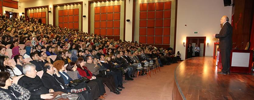 Nürnberg'deki konferansta çok dilli eğitimin önemi vurgulandı