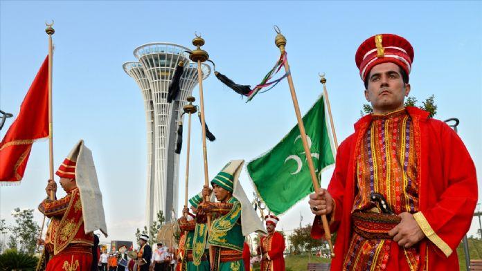 Ramazana EXPO Antalya'da 'dostluk yürüyüşü' ile karşılama