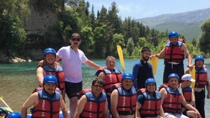 Mahalle Muhtarları Rafting Heyecanı Yaşadı