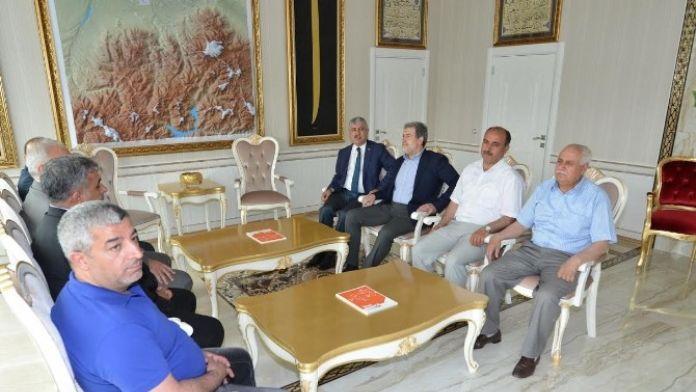Milletvekili Yaşar Ve Özhan'dan, Yeşilyurt Belediyesine Ziyaret