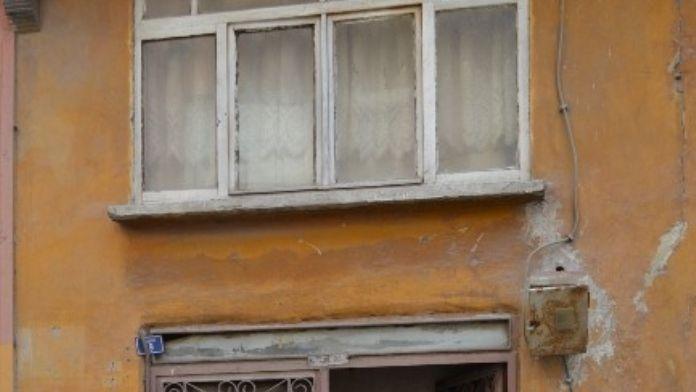 Karamürsel'de Yaşayan Yaşlı Adam Evinde Ölü Bulundu