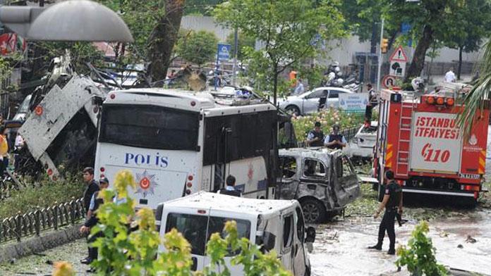 Saldırı bombalı araçla yapıldı