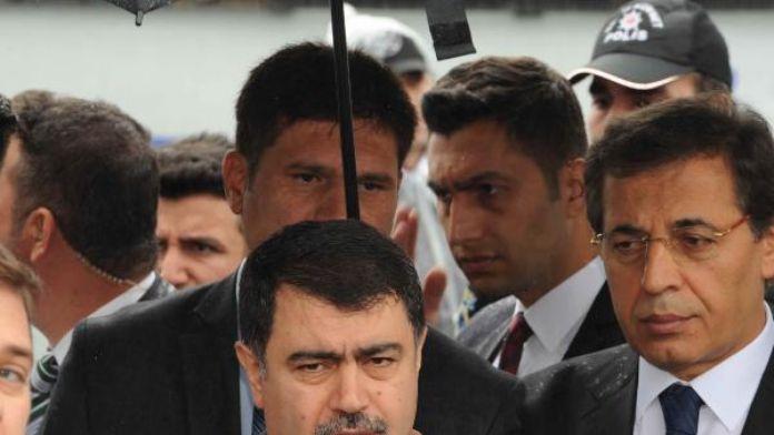 İstanbul Valisi Şahin'den bombalı saldırı açıklaması