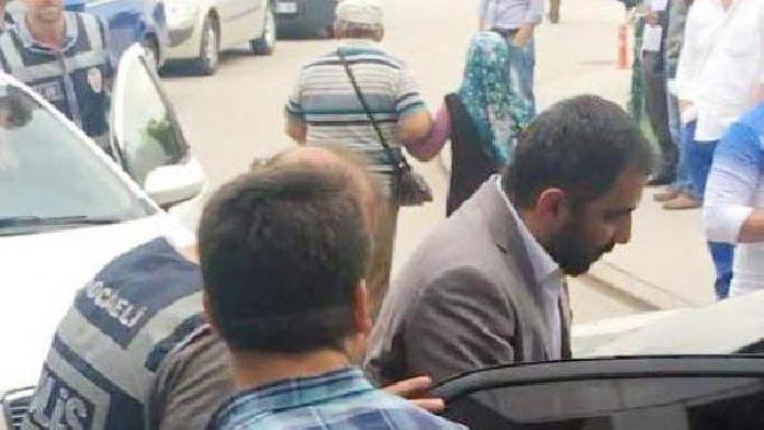 Kocaeli'de, FETÖ/PDY soruşturmasında gözaltına alınanlar sağlık kontrolünden geçti
