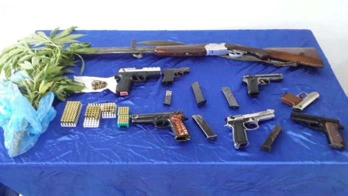 Silah kaçakçılığı operasyonunda 15 gözaltı