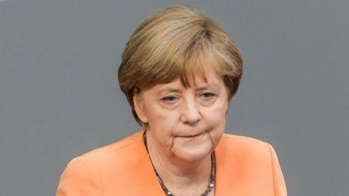 Merkel sorunun aşılması için tarih komisyonunu işaret etti