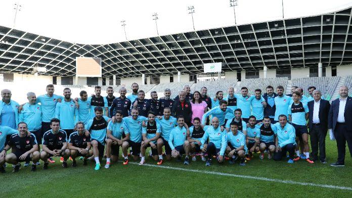 Türkiye en genç 5. takım, Emre Mor ise...