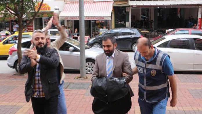 Kocaeli'de, FETÖ/PDY soruşturmasında gözaltına alınanlar adliyeye sevk edildi