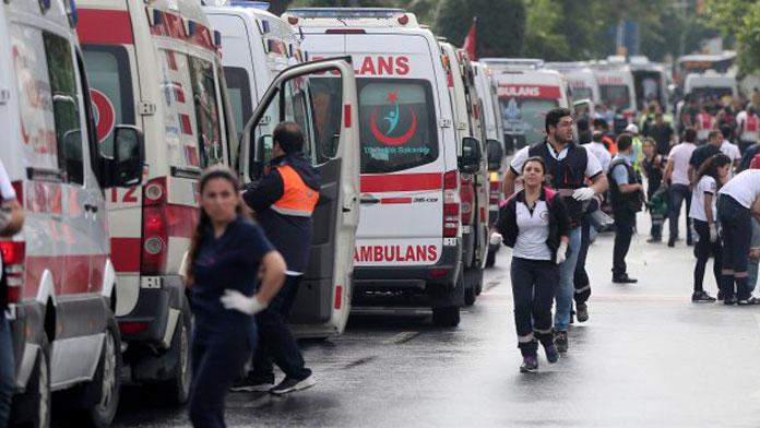 Bombalı araçla düzenlenen saldırıda 2 polis şehit oldu