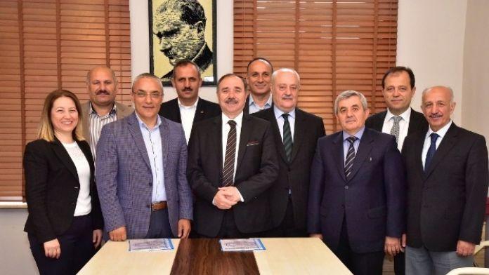 Büyükşehirde Toplu İş Sözleşmesi İmzalandı