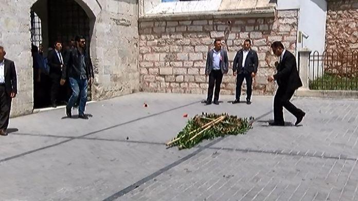 Kılıçdaroğlu'nun çelengine tepki