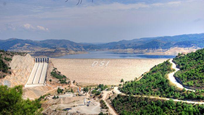 İzmir'in 2040'a kadarki su ihtiyacını Bakanlık giderecek