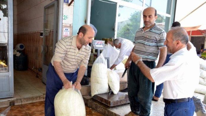 Peynir satışı tüketiciyi kötü etkiledi